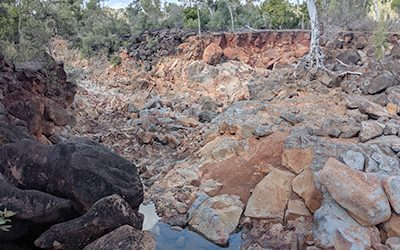 Flood threat at basalt wall